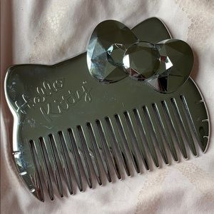 Hello Kitty Reflective Mirror Comb Brush